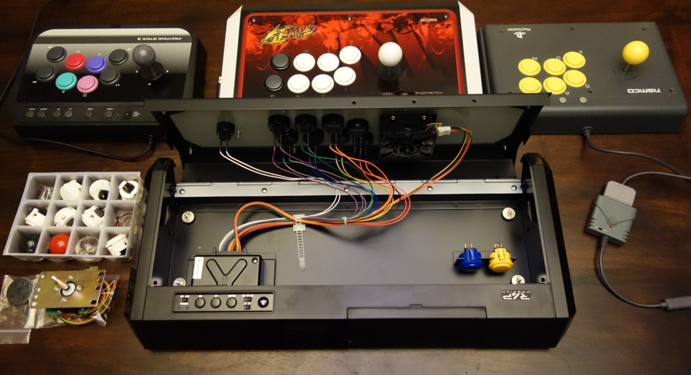 street_fighter_v_ps4_fight_arcade_stick_hori_mad_catz_reverse_open